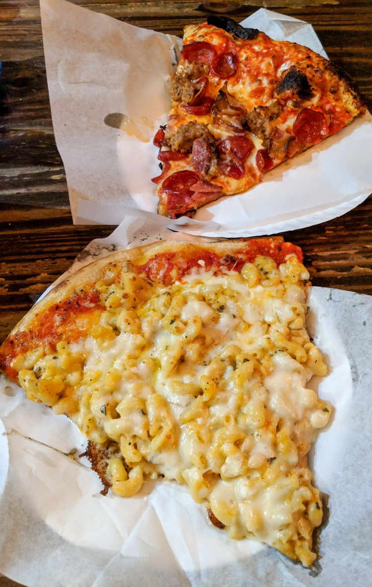 Pizzanista! Mac n cheese pizza & Meat Jesus